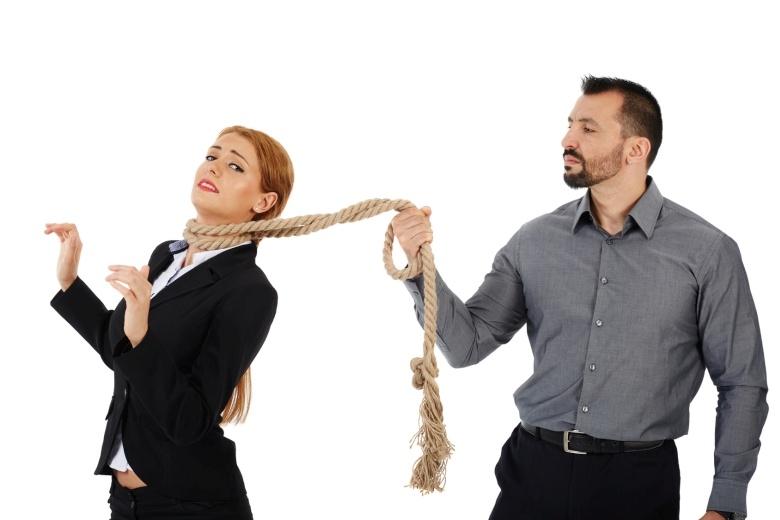 Если парень ходить с девушкой на ее работу работа в выходные для девушки